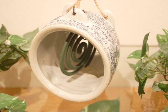 陶器製ぶた蚊やり