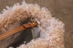 アラログのボア巾着かごバッグ