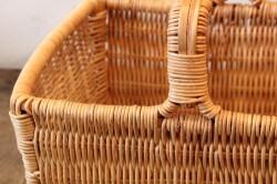 ラタンの籐編みワンハンドルかごバッグ