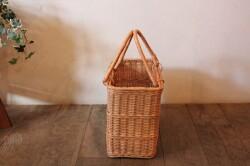 ラタンの籐編みスクエアかごバッグ