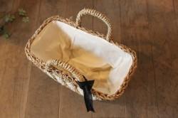 タイパとジュートとコットンロープを組み合わせたかごバッグ