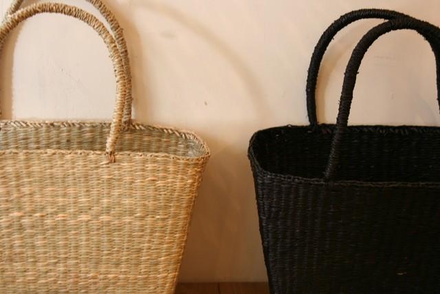 角型と楕円型のシーグラスかごバッグ