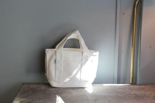 ホワイトコットンのキャンバストートバッグ
