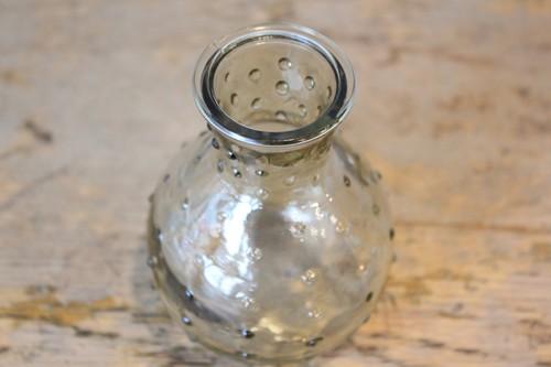 ガラスのミニフラワーベース