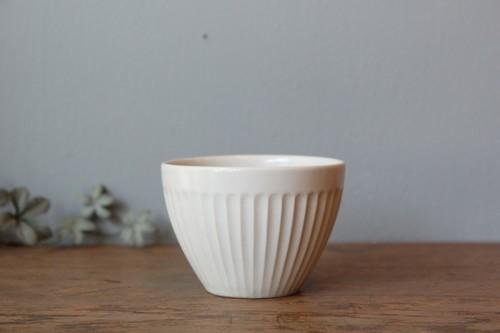 国産美濃焼のティーカップ