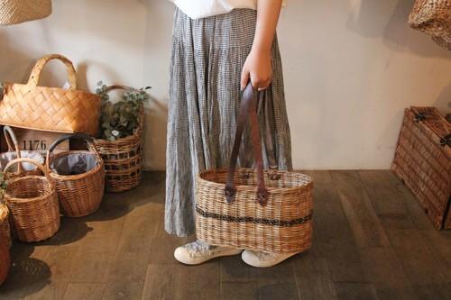 天然籐ラタン素材の手提げかごバッグ