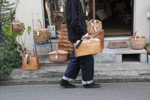 ラタンの八つ目編み透かしかごバッグ