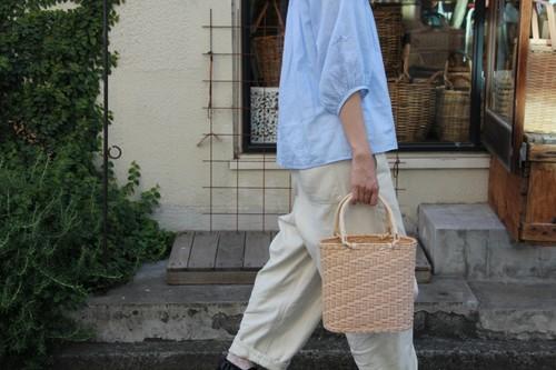 ラタンのオーバルかごバッグ
