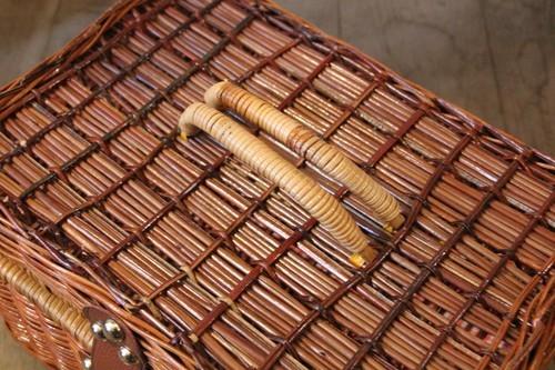 天然ボウ草素材の内布付きピクニックバスケット