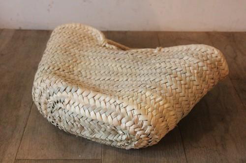 椰子とサイザルで編まれたアフリカモロッコのマルシェバスケット
