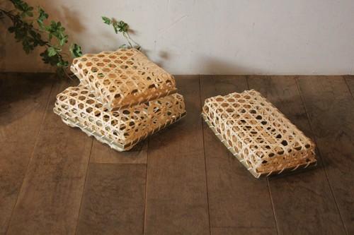 竹のフタ付き六つ目かご