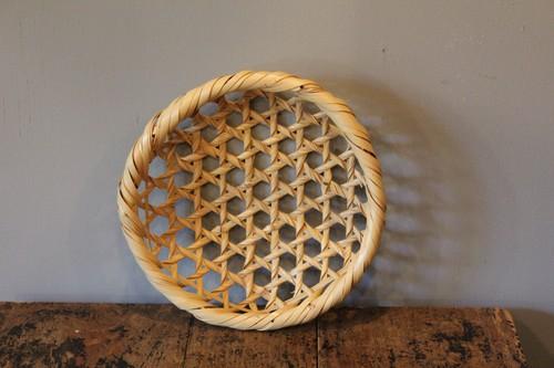 日本製ねじり六つ目盛り竹かご