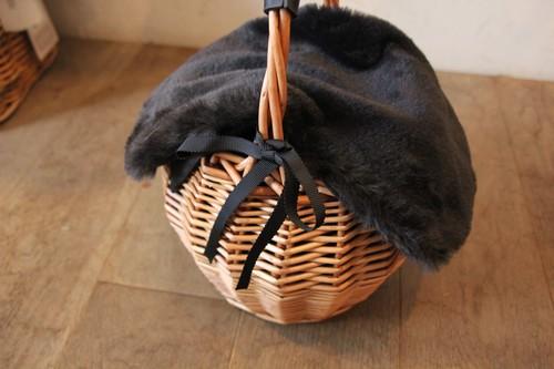 柳のファーカバー付きワンハンドルかごバッグ