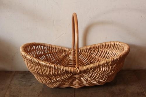 柳のワンハンドルボートバスケット