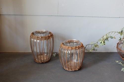 柳とガラスのフラワーベース