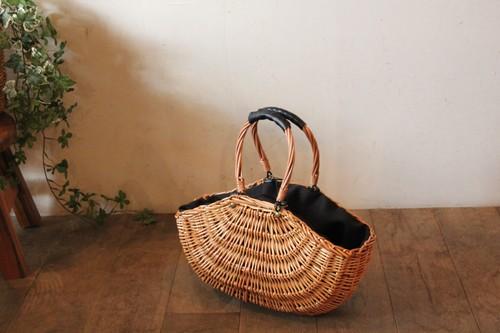 柳のボート型かごバッグ