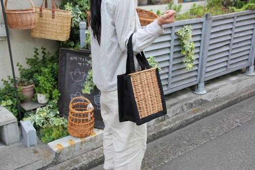 柳のキャンバストートかごバッグ
