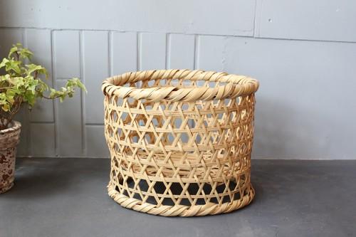 竹の国産高台椀かご